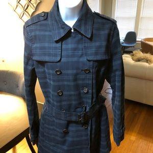 Banana Republic size M blue plaid trench coat